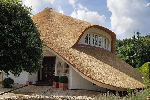 Rietdekkersbedrijf Molenaar te Geffen, Noord Brabant: offerte en informatie, rieten dak woonhuis in Duitsland